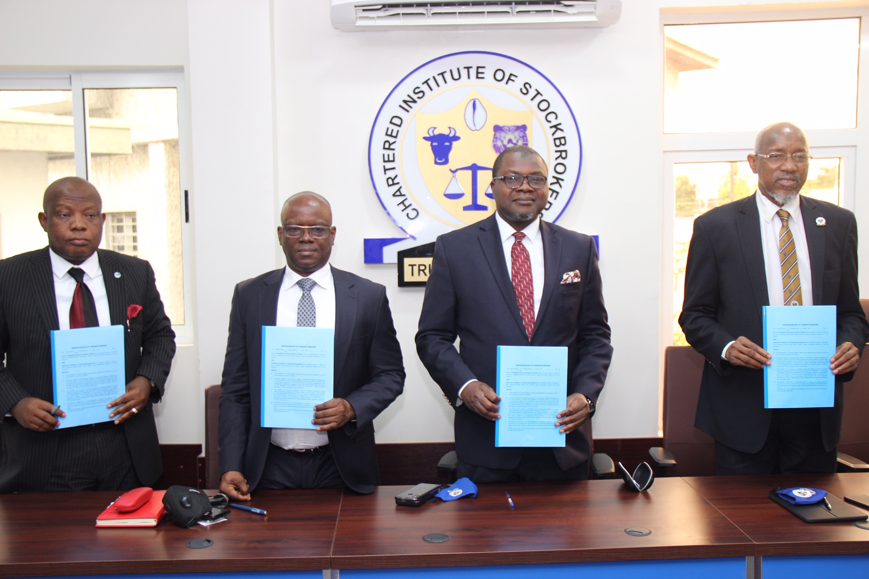 Stockbrokers' Institute Launches  Life Assurance For Members