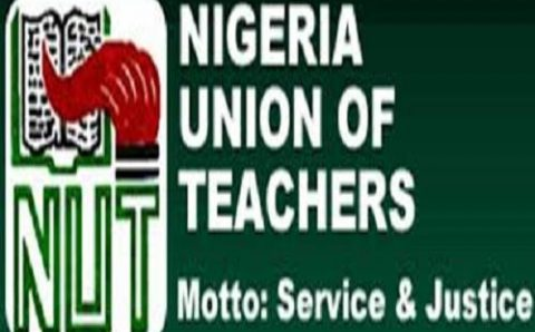FEC Approves 65 Years Retirement Age for Teachers